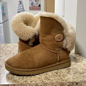 •LOW PRICE MAKE OFFER• $179 RETAIL UGG BAILEY BOOT